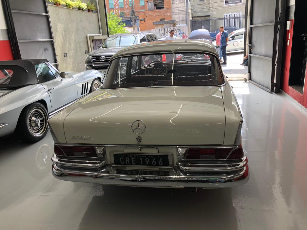 Mercedes Benz 230s Fintail 1966